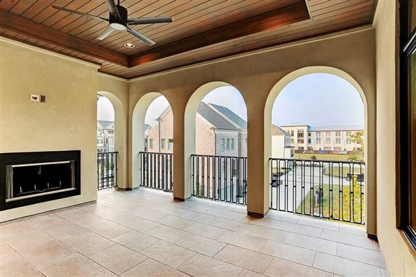New Construction Features Amazing Finishes luxury homes