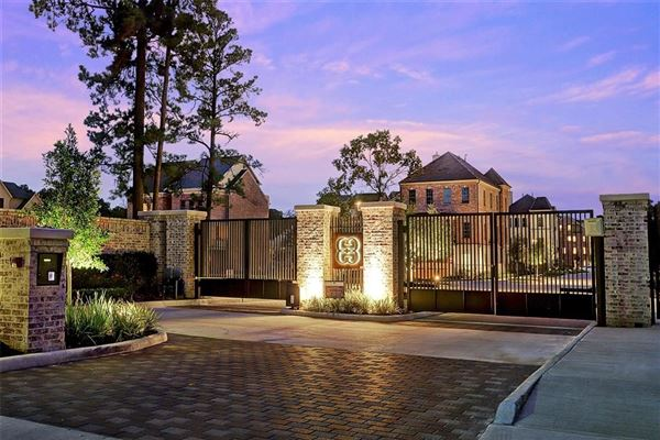 Luxury properties New Construction Features Amazing Finishes