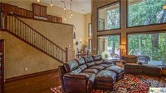 Luxurious Lake McQueeney home luxury properties