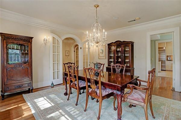 classic Tudor 1923 home luxury real estate