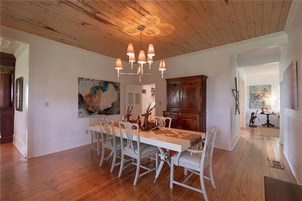 Luxury real estate ICONIC TEXAS FARMHOUSE