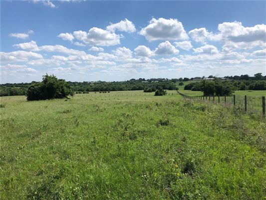 Luxury real estate wonderful 106 acre property in new ulm