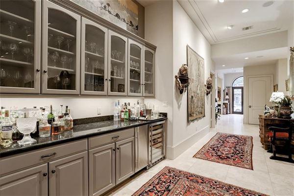 Gorgeous European style home luxury homes