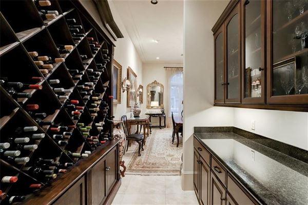 Luxury real estate Gorgeous European style home