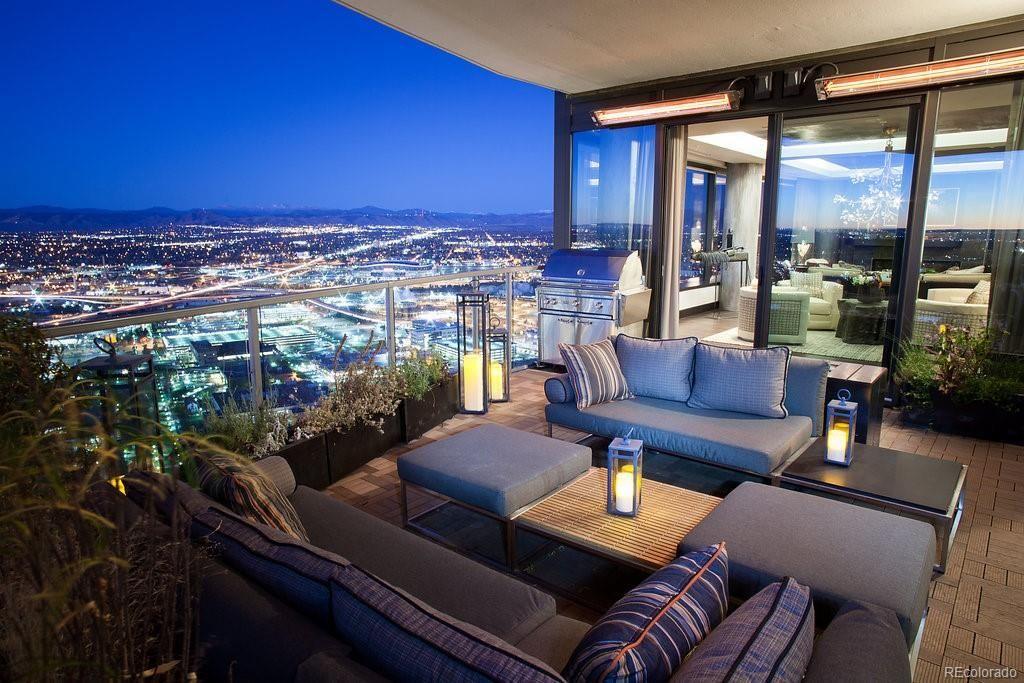 Elegant Spectacular Private Residence