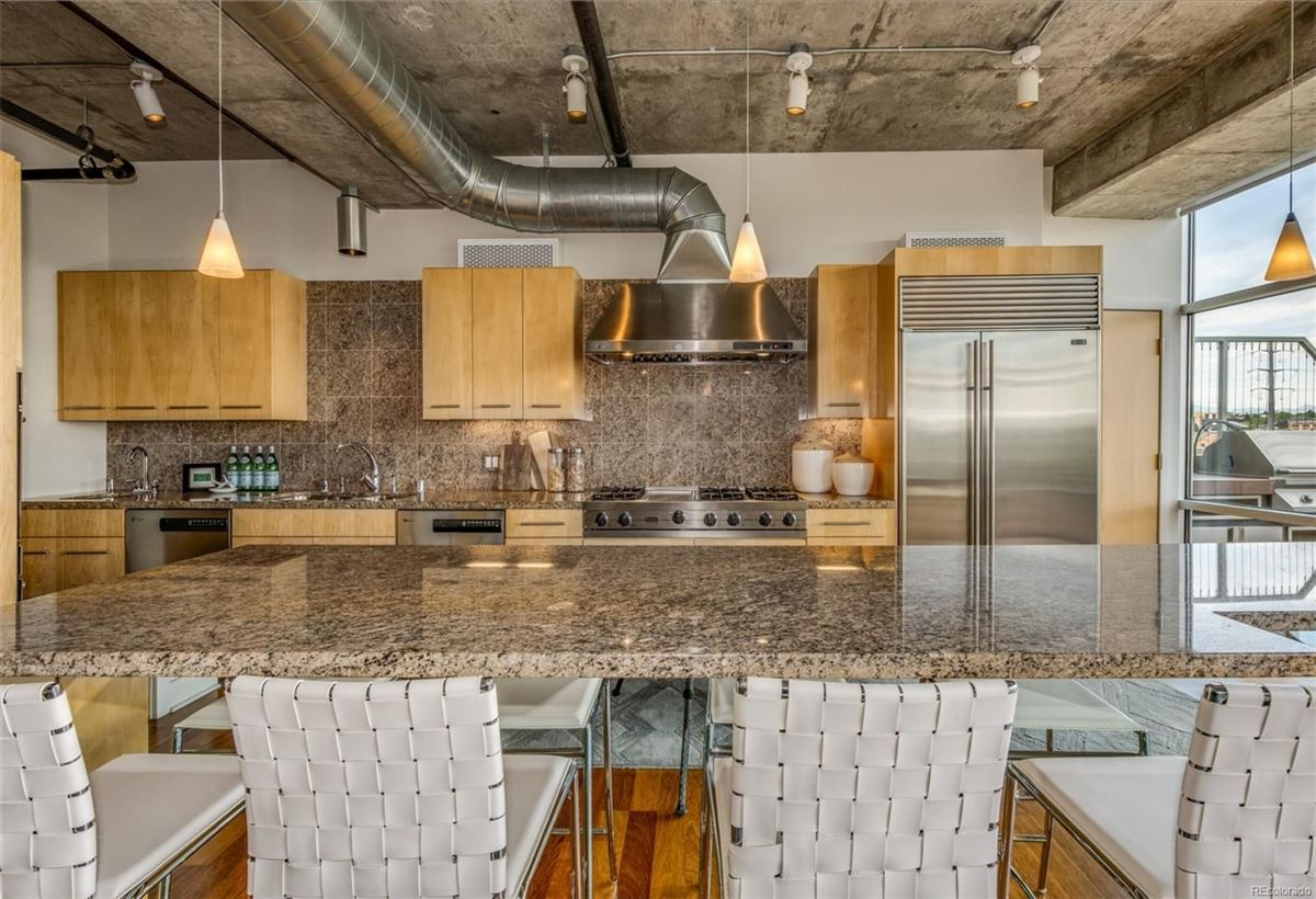 incredible penthouse in denver mansions