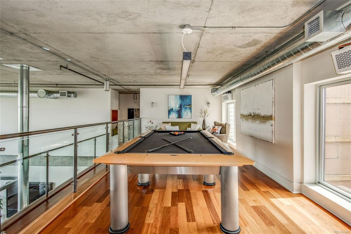 Mansions incredible penthouse in denver