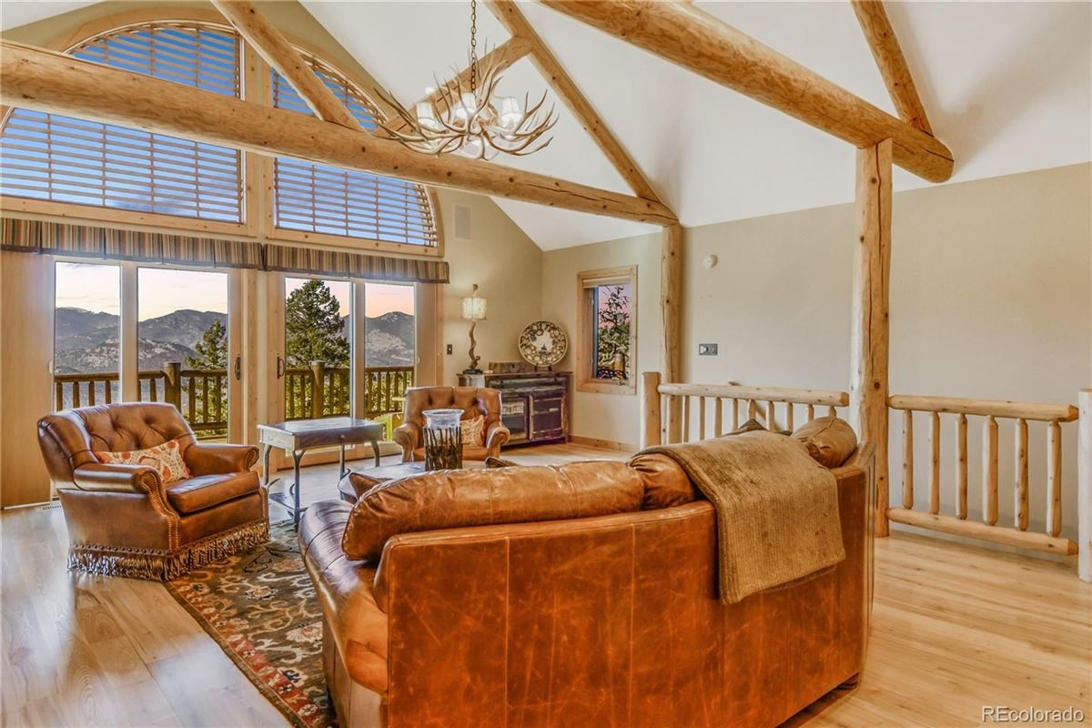 Luxury properties Custom Log Home with Jaw-Dropping Views