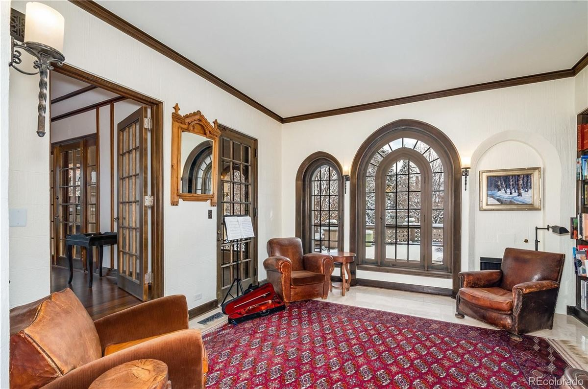 Luxury homes in iconic Waring Mansion