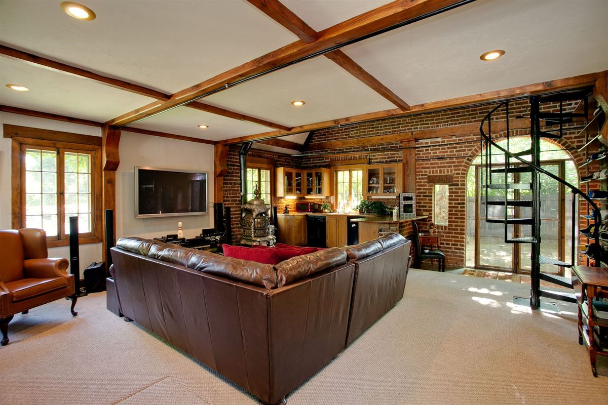 Historic grand mansion built in 1919 luxury real estate