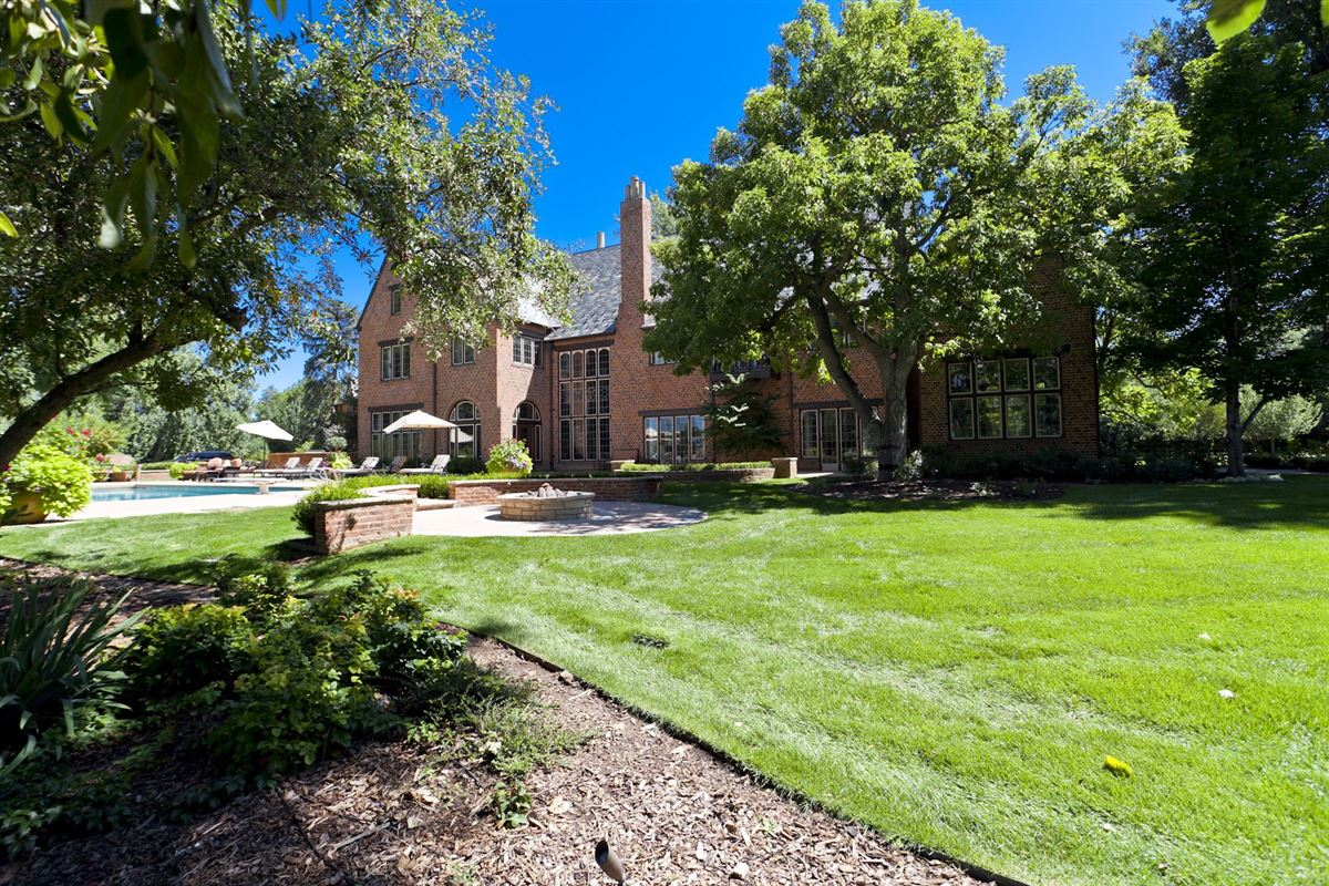 Historic grand mansion built in 1919 luxury properties
