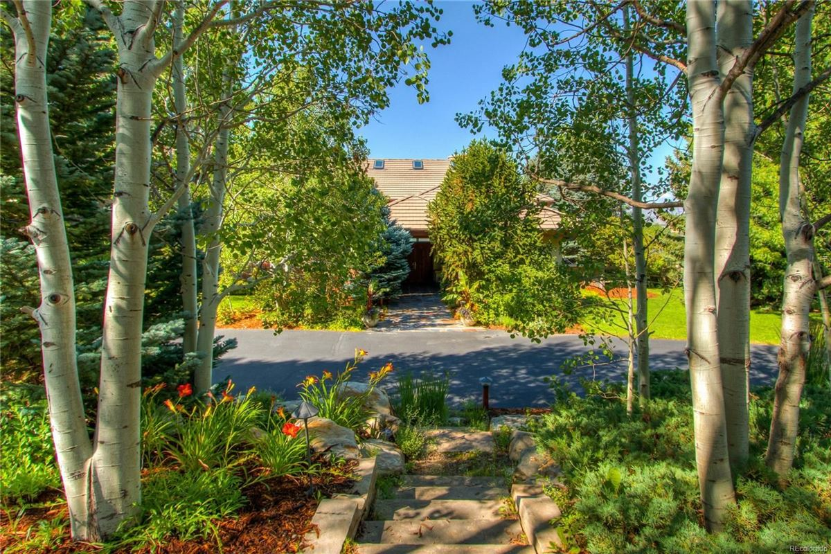 Mansions in paradise minutes from Old Town Fort Collins