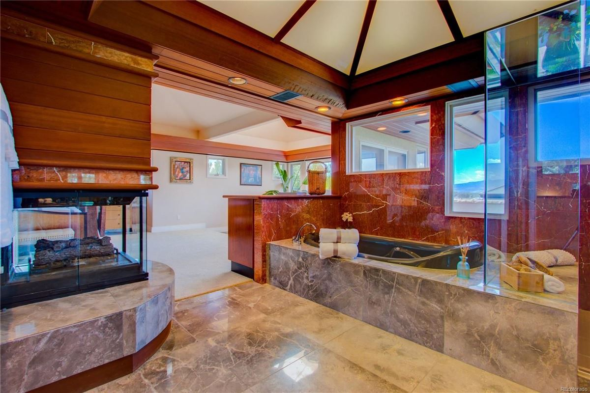 Luxury real estate paradise minutes from Old Town Fort Collins