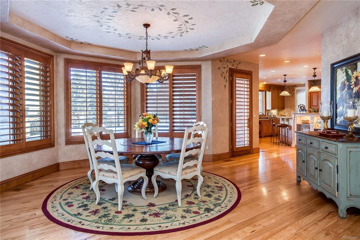 Exceptional custom traditional estate luxury properties