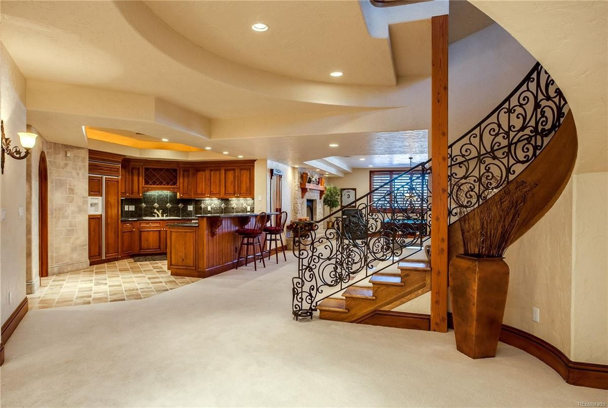 Exceptional custom traditional estate luxury real estate