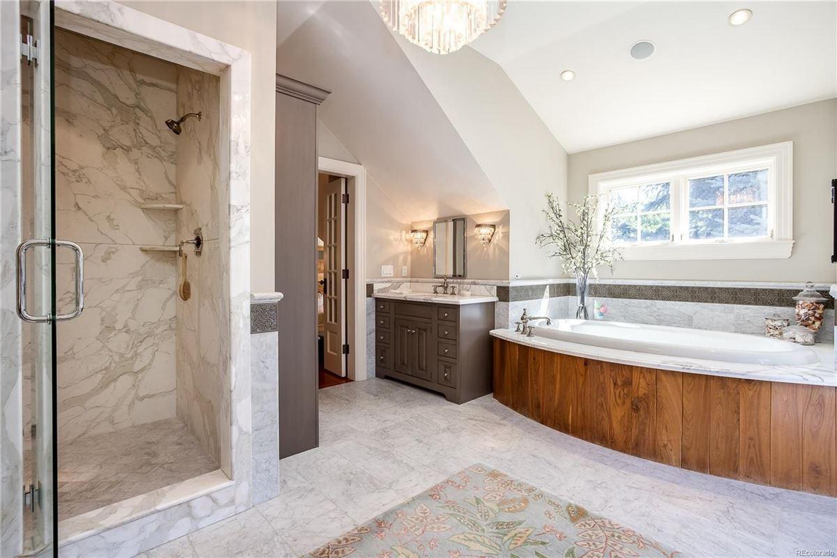 extraordinary gated estate luxury homes