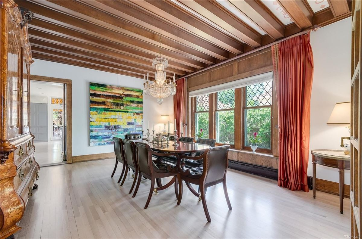 Luxury homes in this spectacular home has grand street presence