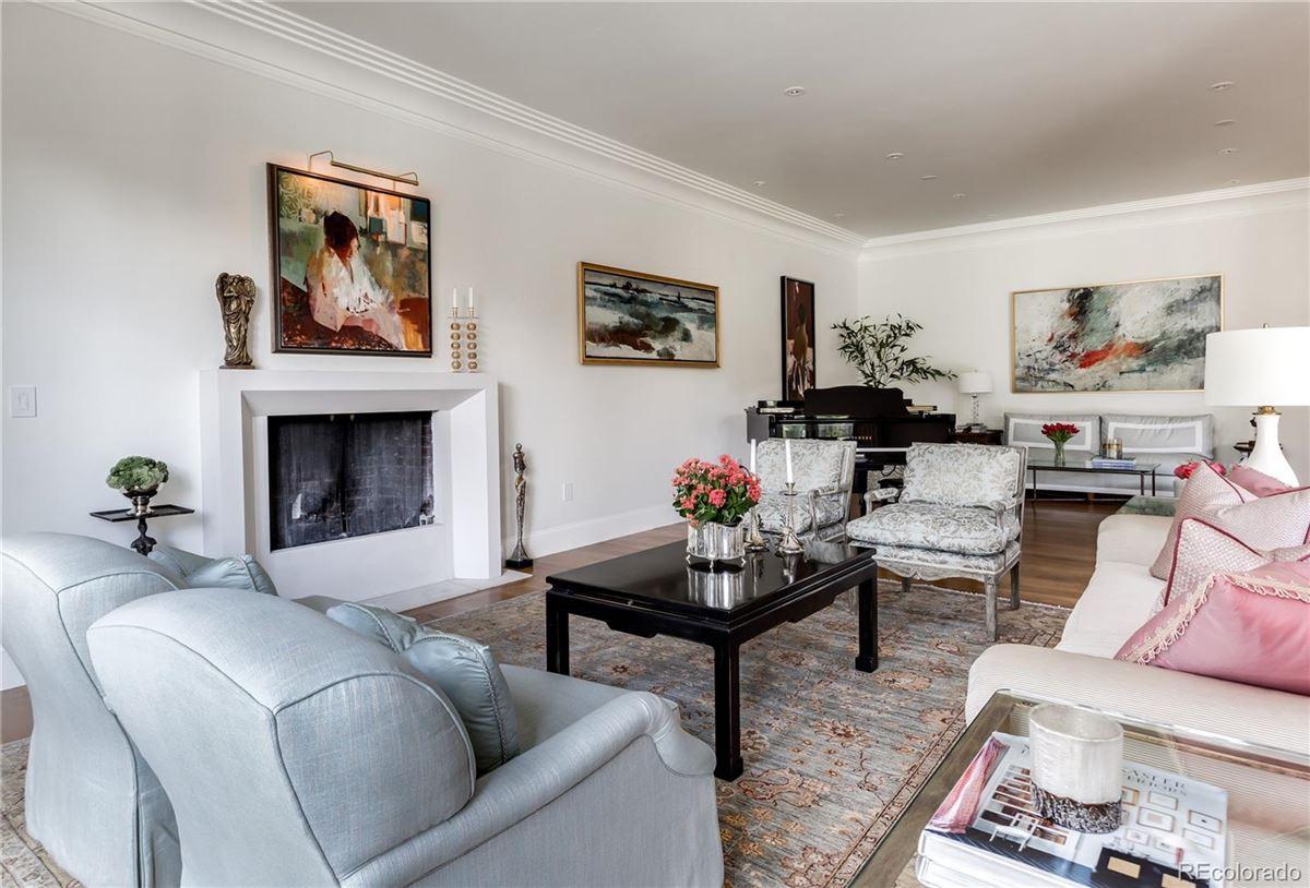 Luxury homes urban contemporary masterpiece in polo club
