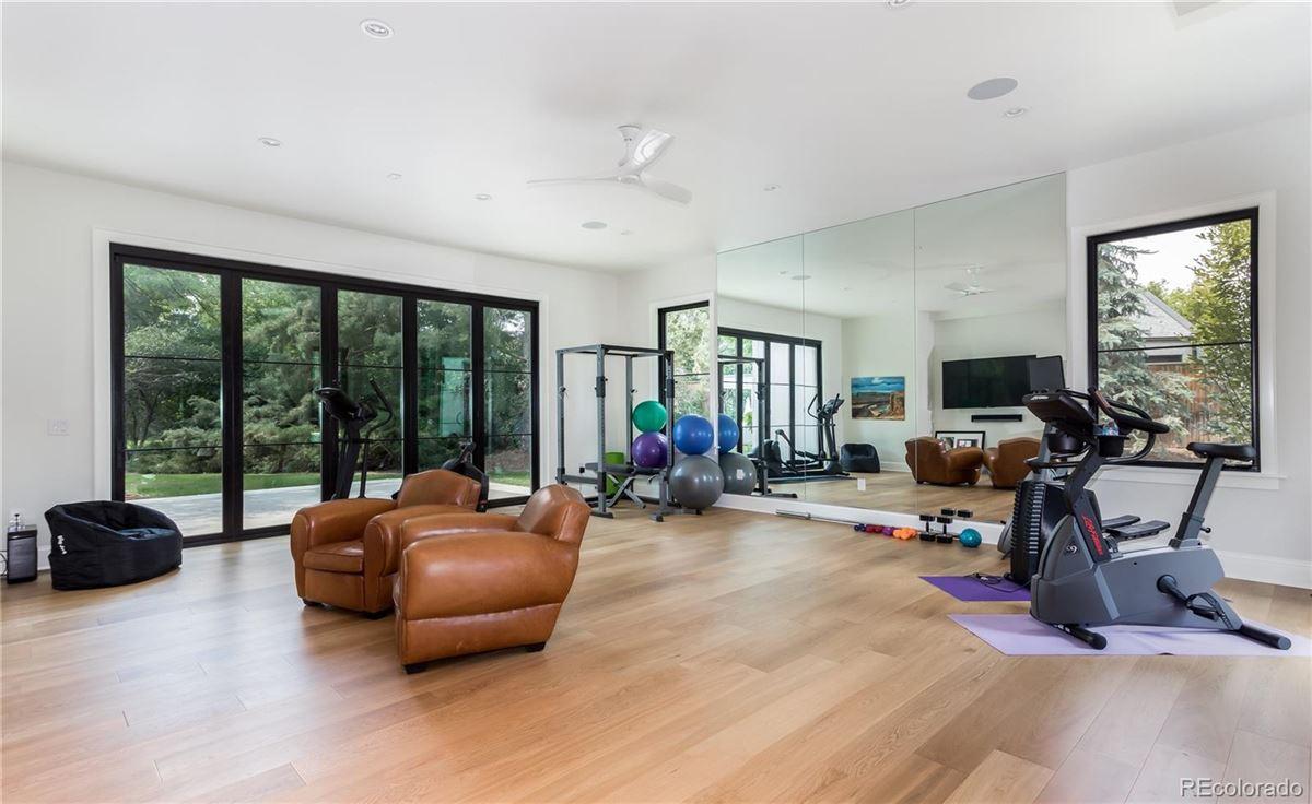 Luxury real estate urban contemporary masterpiece in polo club