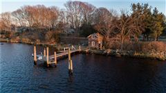 Charming Shingle Style Home with private dock luxury homes