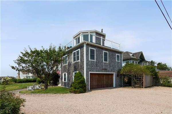 Luxury homes Enjoy spectacular views of Long Island Sound and more