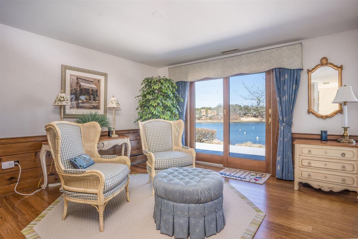 Luxury real estate NORTH CHATHAM OCEANFRONT COMPOUND