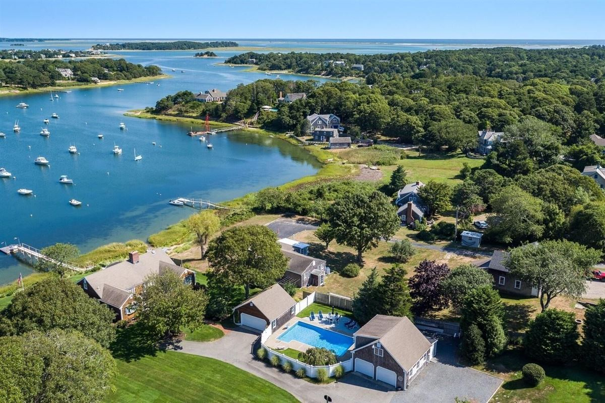 Luxury homes in NORTH CHATHAM OCEANFRONT COMPOUND