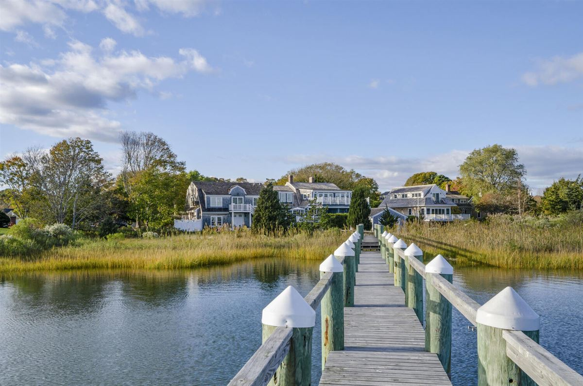 Mansions Exceptional waterfront Nantucket style Gambrel