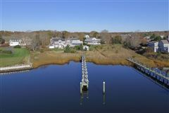 Mansions in Exceptional waterfront Nantucket style Gambrel