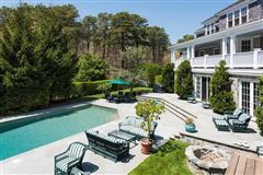 Luxury homes in stunning North Chatham estate