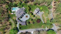 Mansions stunning North Chatham estate