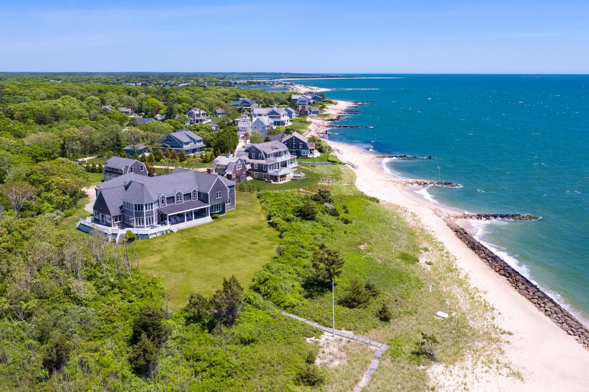 Vineyard Sound 6.9 acre Waterfront Estate luxury homes