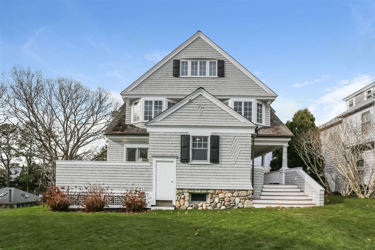 Luxury homes Cape Cod home overlooking harbors