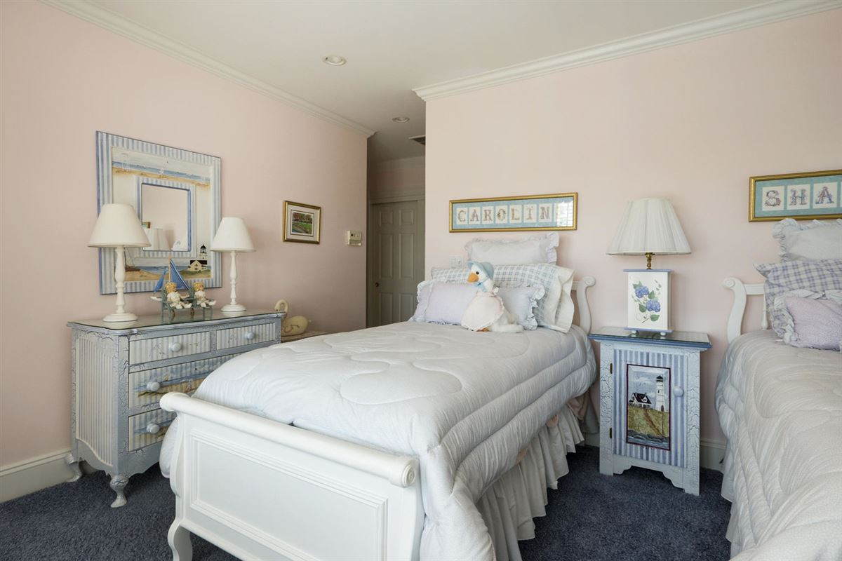 A true masterpiece on Wychmere Harbor luxury properties