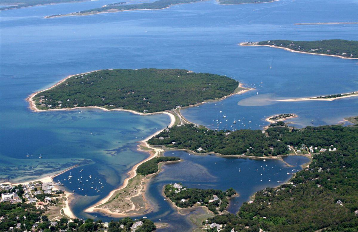 Luxury real estate Panoramic views of Buzzards Bay