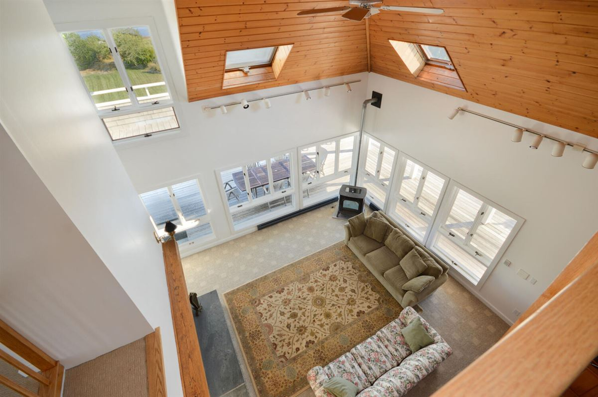 Mansions in Panoramic views of Buzzards Bay