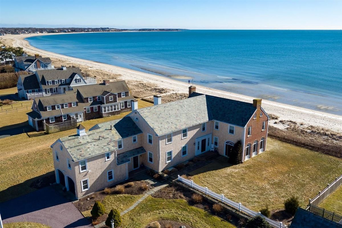 Mansions in Spectacular two-acre waterfront estate