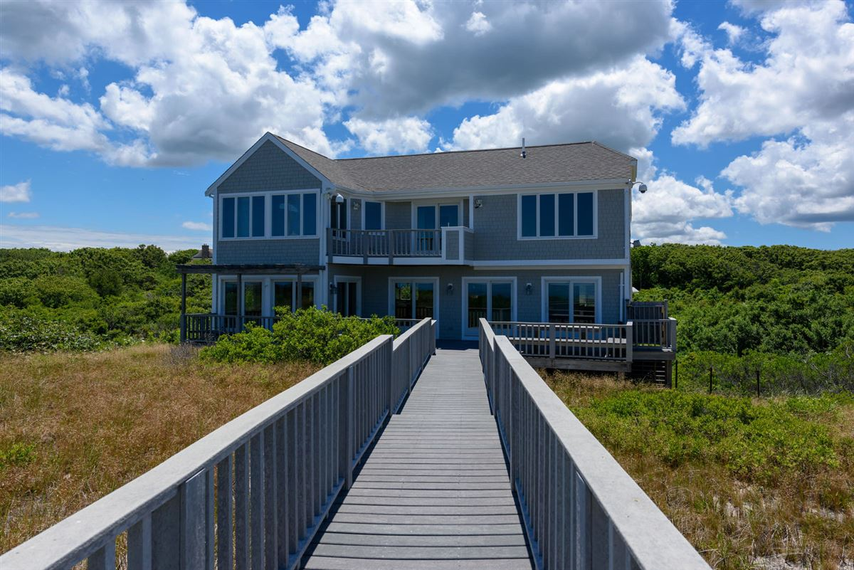 Amazing views and a private boardwalk mansions