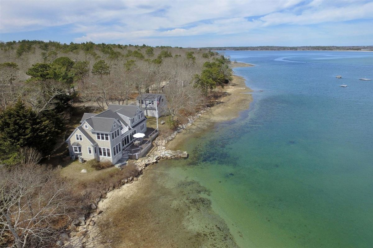 Luxury properties remarkable waterfront property