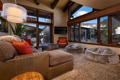 Luxury homes Fantastic opportunity in the center of Vail Village