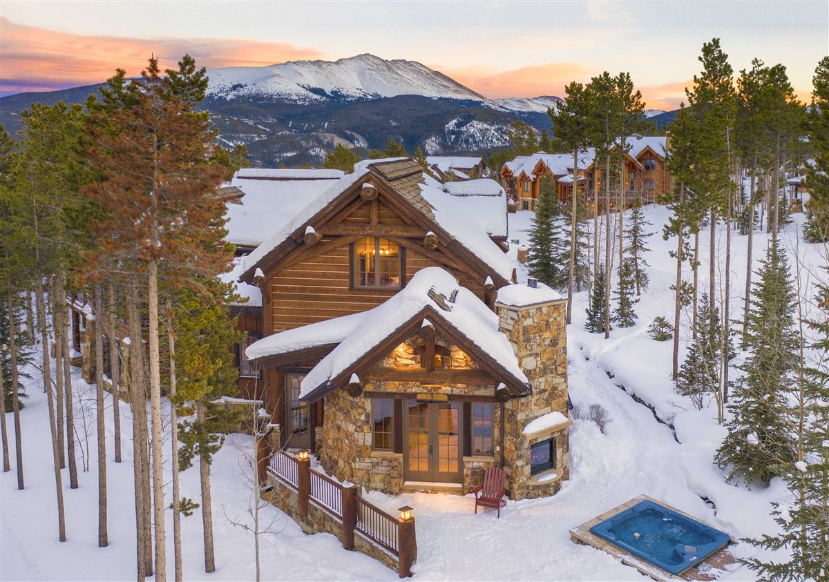 Luxury homes in timeless mountain masterpiece