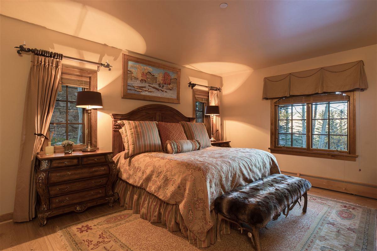 Luxury properties Gorgeous Colorado home