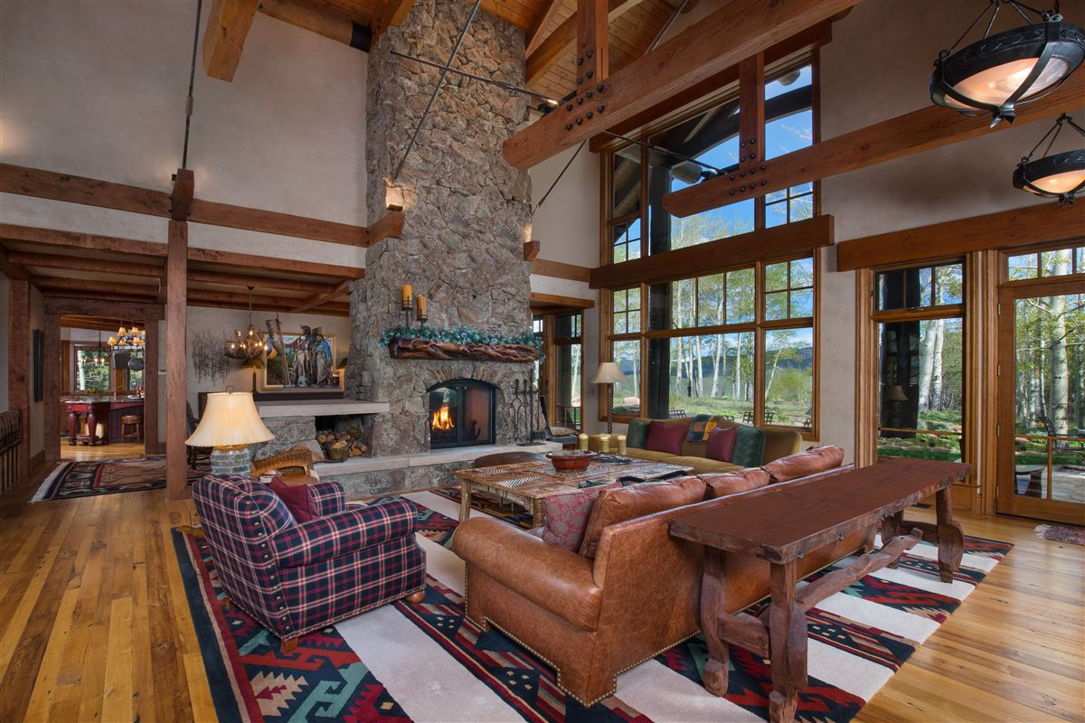 Luxury homes Extraordinary Bachelor Gulch Luxury Home
