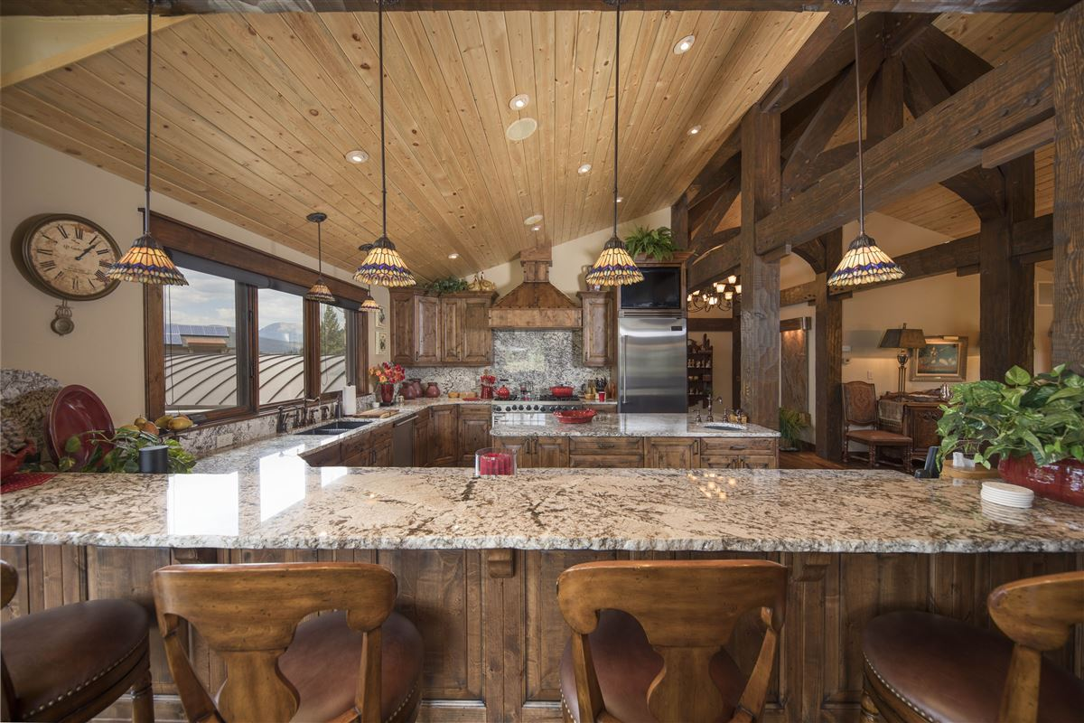 Luxury properties exceptional Highlands at Breckenridge residence