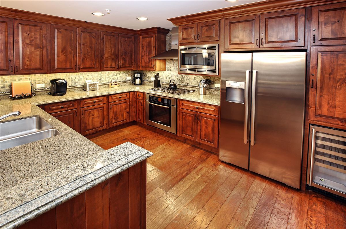 Ritz-Carlton Residences, Vail | Penthouse R614 luxury properties