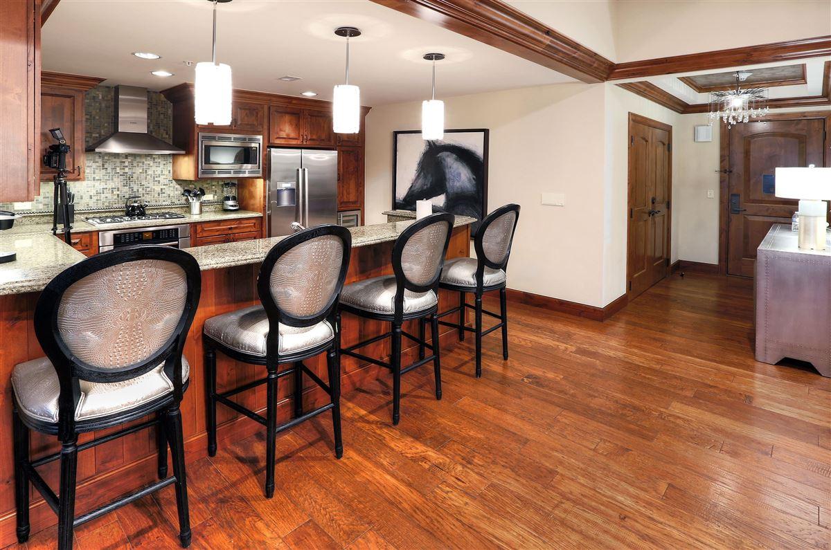 Ritz-Carlton Residences, Vail | Penthouse R614 mansions