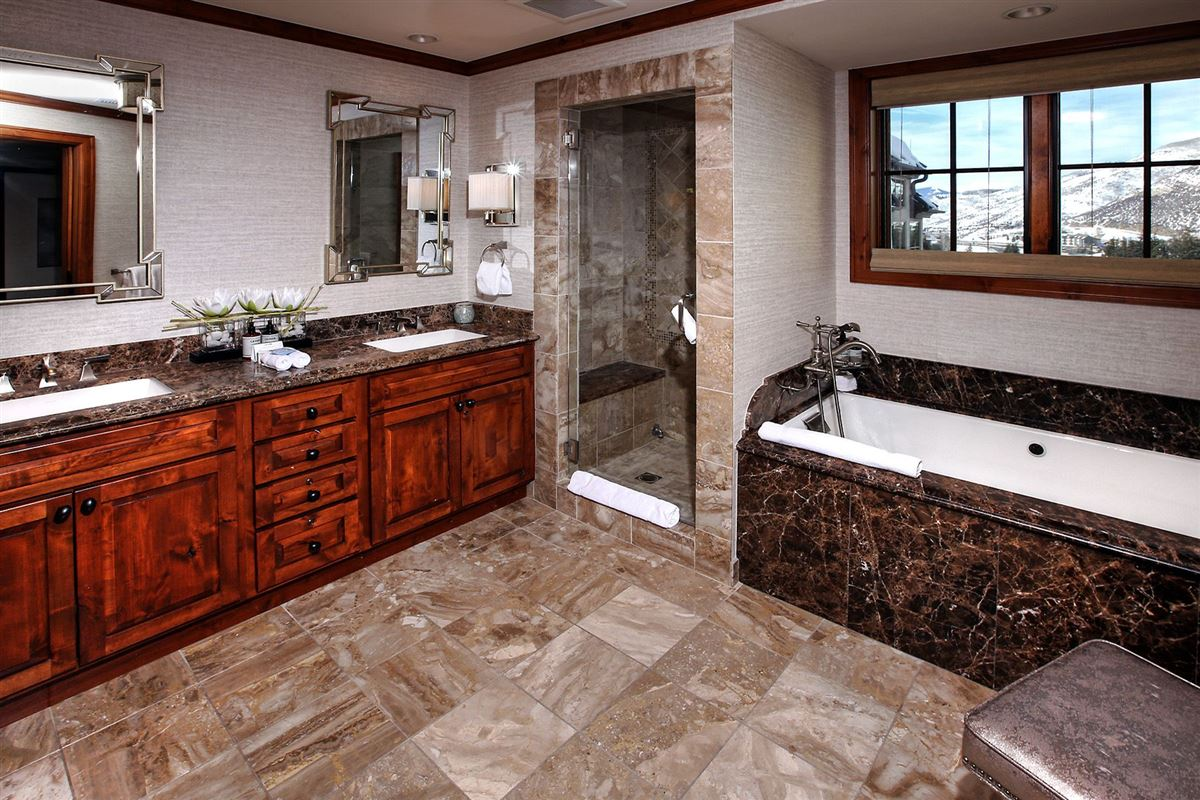 Mansions in Ritz-Carlton Residences, Vail | Penthouse R614