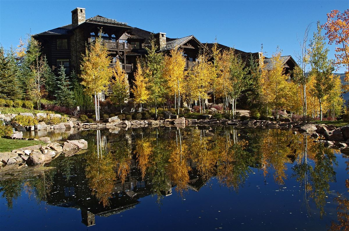 Luxury properties Ski-in/ski-out w/ Charming architecture | Bachelor Gulch