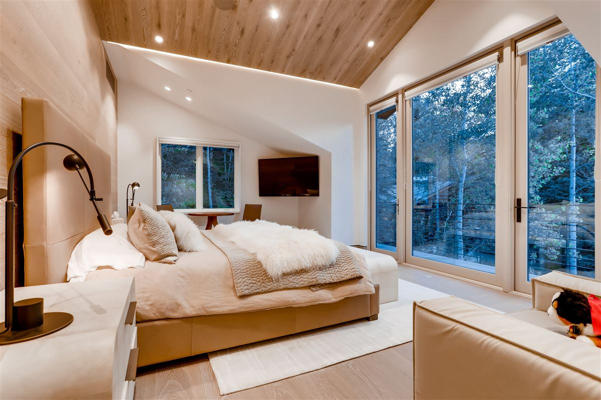 Luxury homes in thoughtfully updated contemporary home