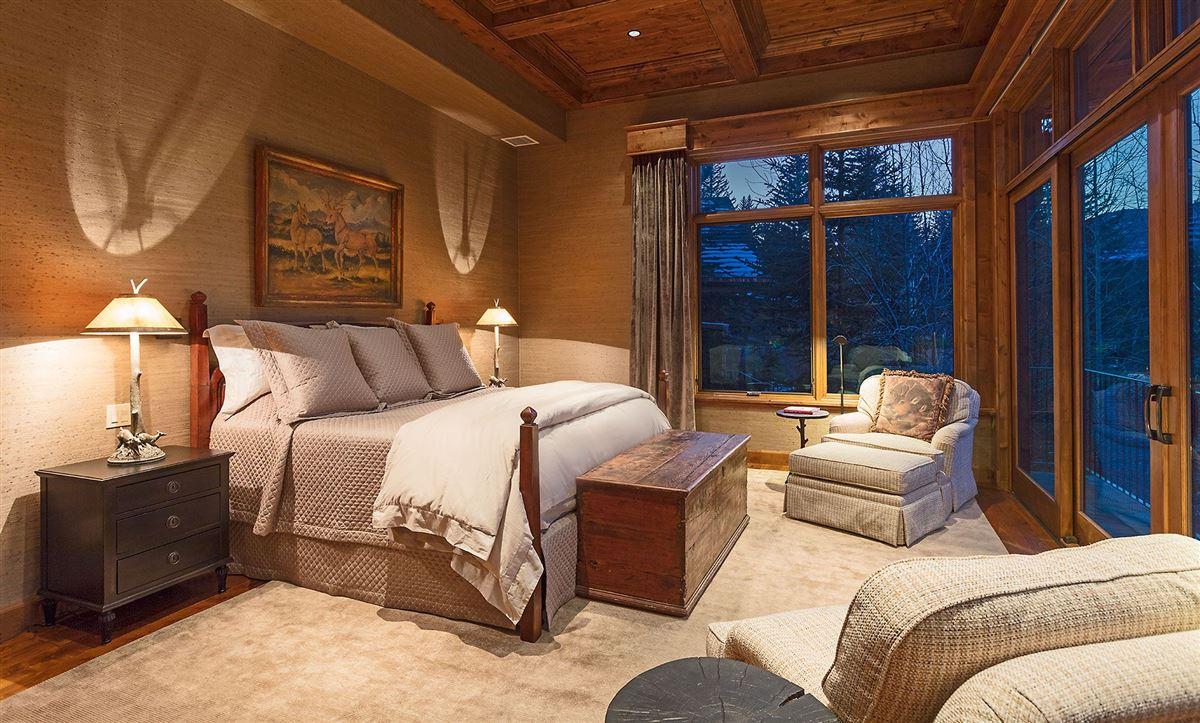 Luxury real estate luxurious Vail Village Ski Chalet
